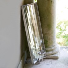 Mirrored_Sconce